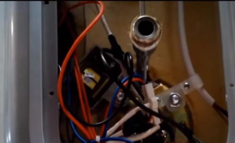 Как поменять тэн водонагревателя электролюкс EWH 80 Centurio